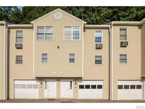 34 Beard Dr, New Milford, CT 06776