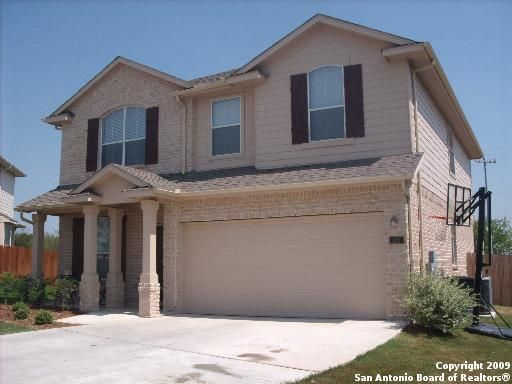 Home for rent 105 american flag cibolo tx 78108 for Garage door services schertz tx