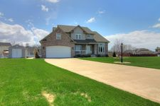 208 Eagle Ridge Dr, Valparaiso, IN 46385