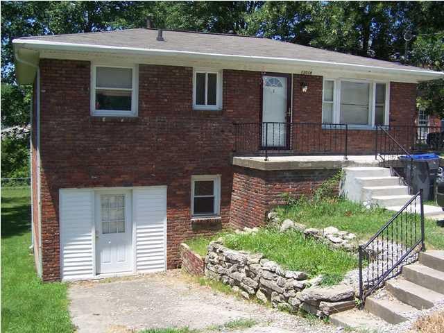 13018 E Orell Rd, Louisville, KY 40272 - realtor com®