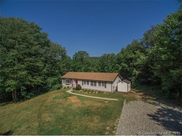 31 Walnut Hill Rd East Lyme Ct 06333 Home For Sale And