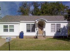 305 W Acheson St, Denison, TX 75020