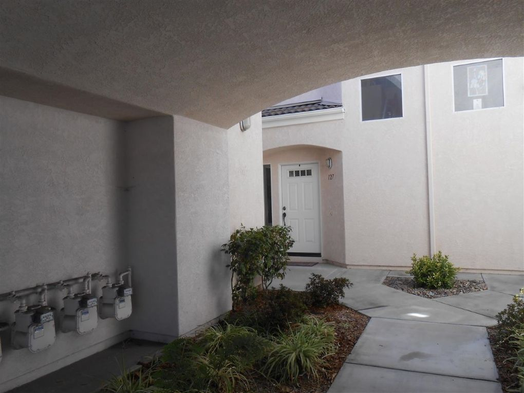 425 Sanibelle Cir Unit 127 Chula Vista, CA 91910