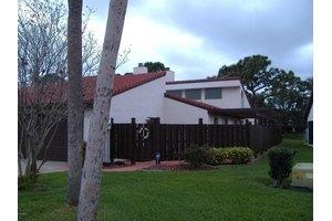 1060 Osprey Dr, Melbourne, FL 32940