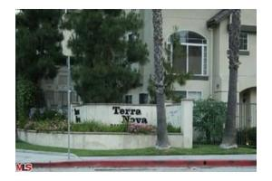 4600 Don Lorenzo Dr Apt 47, Los Angeles, CA 90008