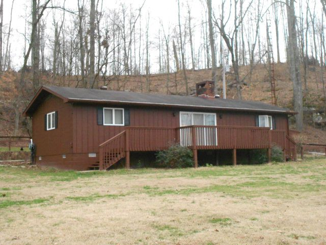 345 Indian Lake Ct, Hawesville, KY