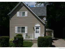 30 Cloverport Ave, Rochester Hills, MI 48307