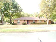 801 N Preston St, Ennis, TX 75119