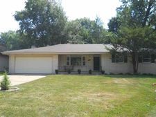 1918 Old Orchard Rd, Rockford, IL 61107