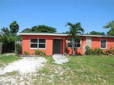 23 Miami Gardens Rd, Hollywood, FL 33023