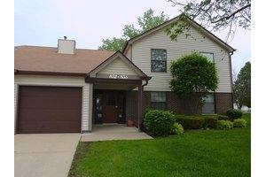 852 Stradford Cir, Buffalo Grove, IL 60089
