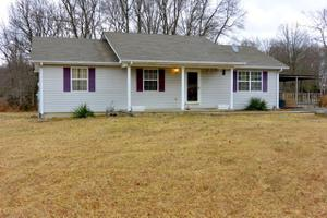 2174 Celina Hwy, LIVINGSTON, TN 38570
