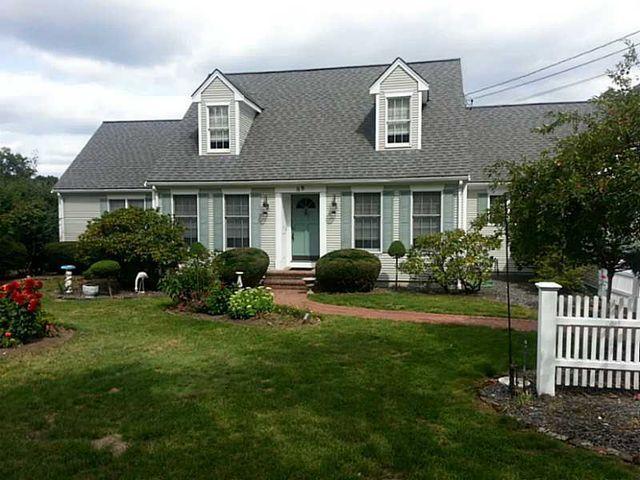88 lincoln st seekonk ma 02771 home for sale and real estate listing. Black Bedroom Furniture Sets. Home Design Ideas