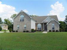 3158 Hawthorn Dr, Clarksville, TN 37043