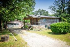 3012 Cardinal Rd, Merriam Woods, MO 65740