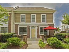 6120 N Pointe Dr, Pepper Pike, OH 44124