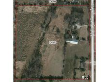 737 Valley View Ave, Red Oak, TX 75154