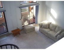 96 Old Colony Ave Apt 319, New Bedford, MA 02718