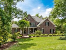 708 Mayfield Ct, Fort Mill, SC 29715