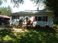 2793 Hamlet Ave N, Oakdale, MN 55128