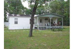 3850 NW 23rd Cir, Bell, FL 32619