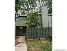 6112 Bent Tree Ct, Charlotte, NC 28212
