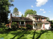 45 Boxwood Rd, Churchville, PA 18966