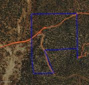 66 Shadow Rock Rnch, Seligman, AZ 86337