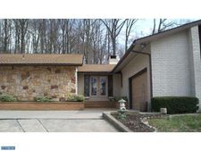 6650 Ridge Rd, Zionsville, PA 18092