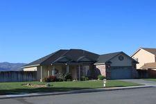 317 Peach Blossom Ln, Tehachapi, CA 93561