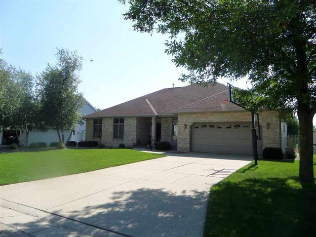 3434 cricketeer dr janesville wi 53546 home for sale