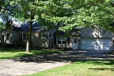 1761 Maplerow Ave Nw, Grand Rapids, MI 49534
