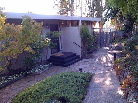 49 Bay Vista Dr, Mill Valley, CA 94941