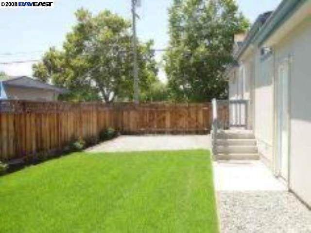 396 Elmwood Ln, Hayward, CA 94541 - realtor.com®