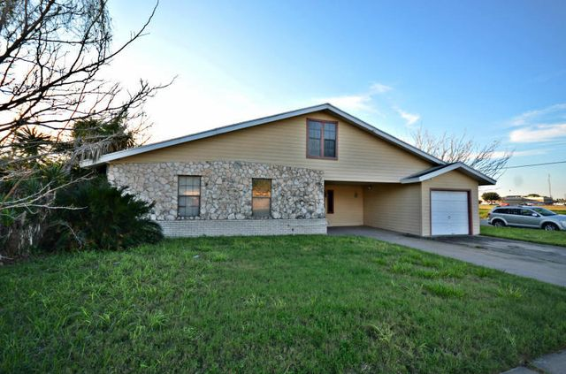 303 s 21st st kingsville tx 78363 home for sale and