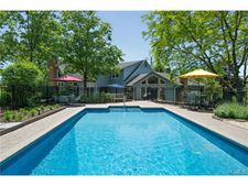 136 Rombout Rd, Poughkeepsie, NY 12603