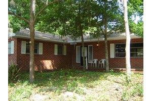 708 Butler Dr, Brunswick, GA 31523