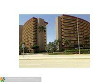 2731 Ne 14th Street Cswy Apt 801, Pompano Beach, FL 33062