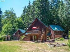 20600 E Lolo Pass Rd, Rhododendron, OR 97049