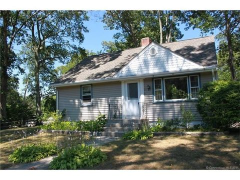 24 Forest Ave, Groton, CT 06355