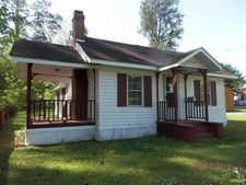 206 Fowler St, Tabor City, NC 28463