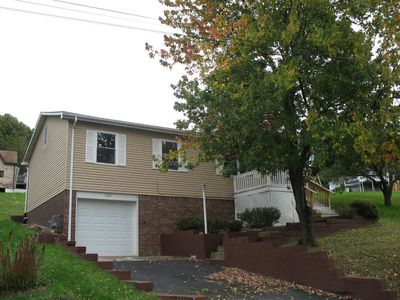 1809 3rd st connellsville pa 15425 home for sale and real estate listing