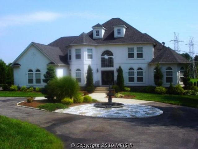 12516 plantation dr brandywine md 20613. Black Bedroom Furniture Sets. Home Design Ideas