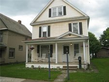 223 S Lincoln Ave, Lisbon, OH 44432