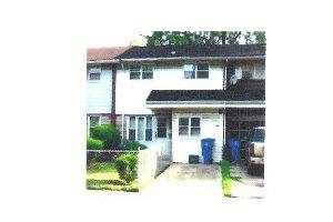 546 W 136th St, Riverdale, IL 60827