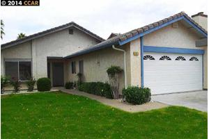 671 Stone Harbour Dr, Pittsburg, CA 94565