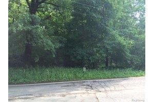 4756 oak grove ct  w bloomfield  mi 48323 public
