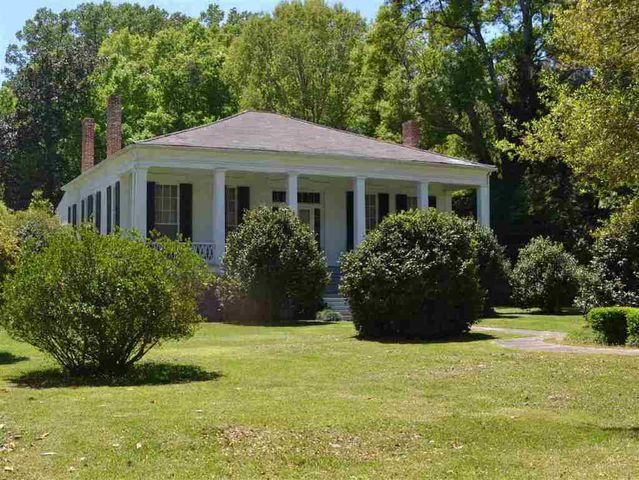 310 idlewild dr port gibson ms 39150 for Home builders mississippi