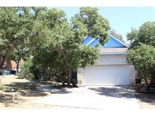 10 Whistling Wind Ln, Wimberley, TX 78676