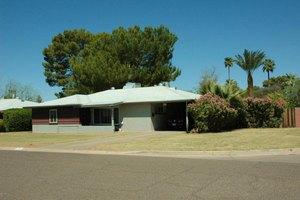 4740 E Lewis Ave, Phoenix, AZ 85008